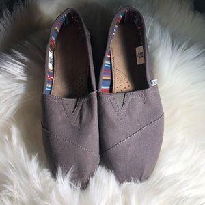 Brand New Toms Size 8W